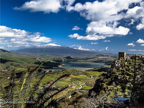 Panorama da Agira