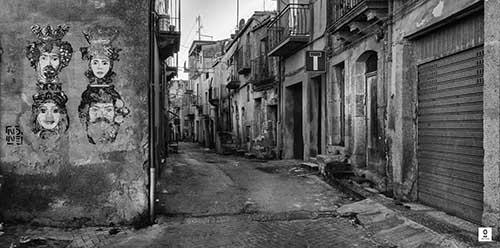 Caltagirone - Via Sant'Agostino_Rogika Roberto Mendolia
