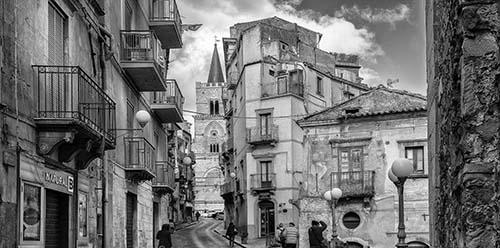 Nicosia - Via Fratelli Testa_Rogika Roberto Mendolia